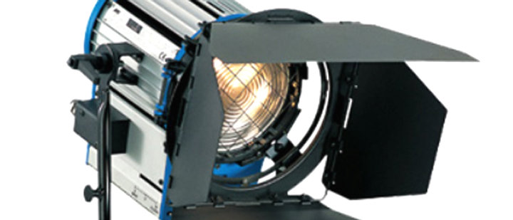 "2k ""Junior"" Fresnel HwaStudio"