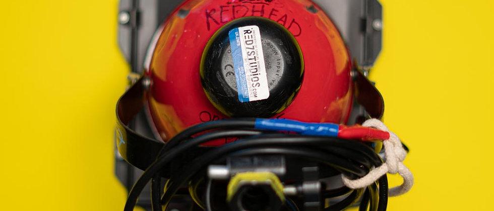 800w Redhead