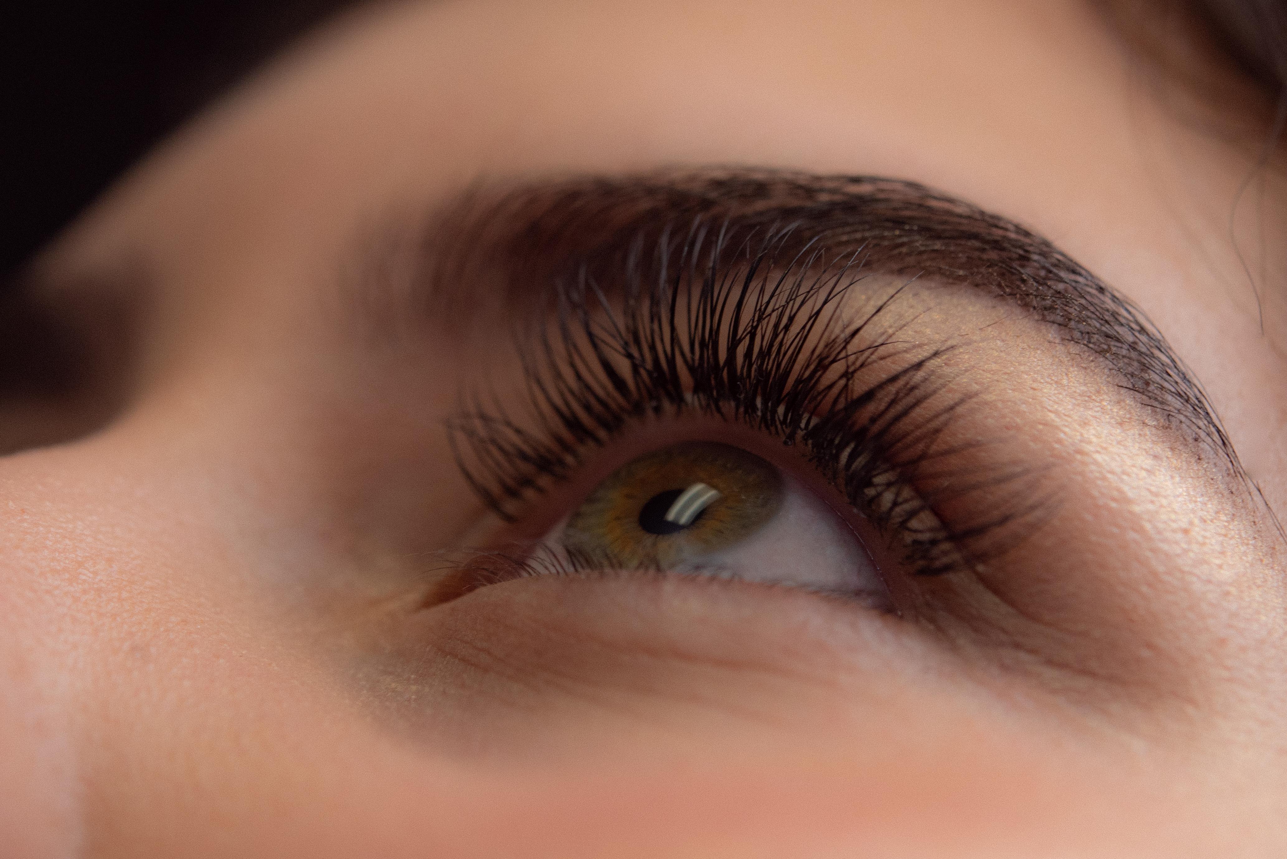 91507738318 Eyelash Extensions | Lashesandbrowsbysophia.com | Irvine, CA