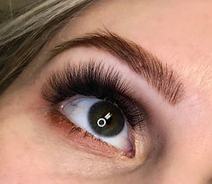 eyelash extensions, classic lash extensions, no mascara, wedding, beauty, make up, lashes, elleebana, lash lift, brow henna