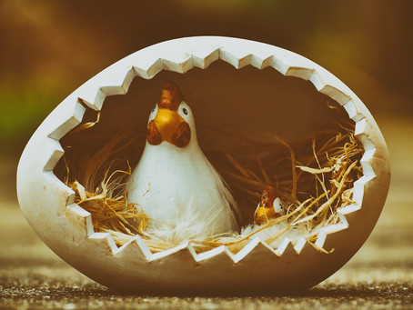 Bunte, fröhliche Osterfeiertage