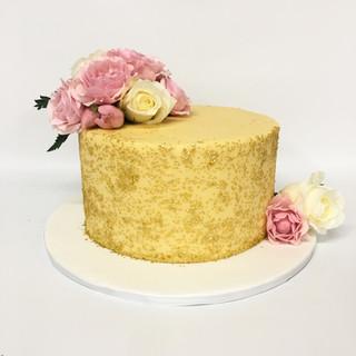 Gold Sparkle custom Cake, fresh flowers,