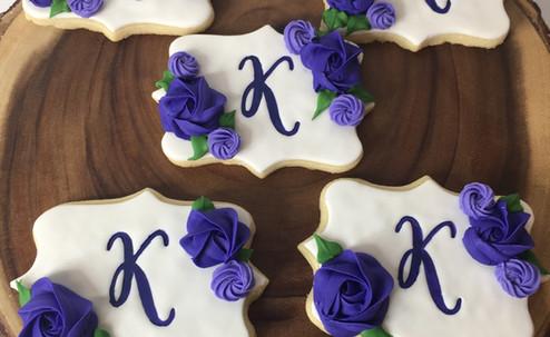 Monogram flower cookies