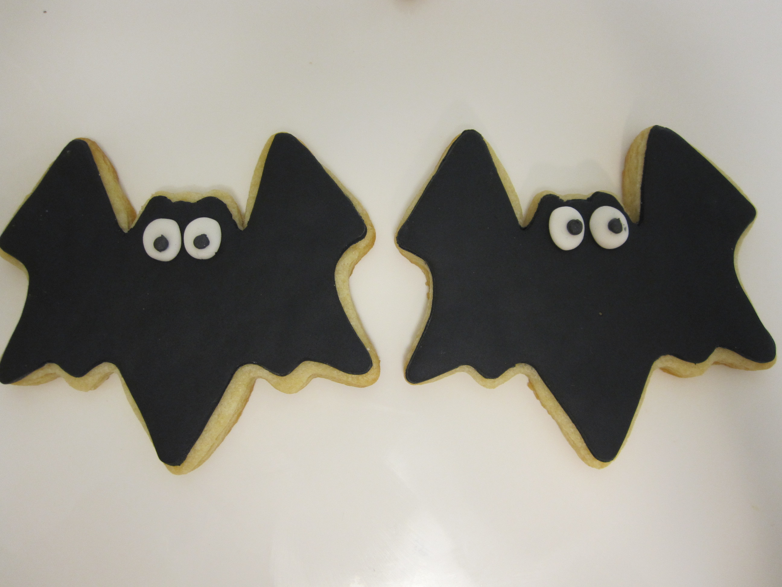 bat cookies black