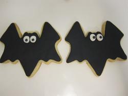 bat cookies black