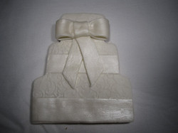 White cake with bow