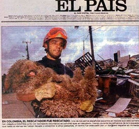 Media reporting from Colombia o how a Spanish Water Dog was used to find survivors in an earthquake.