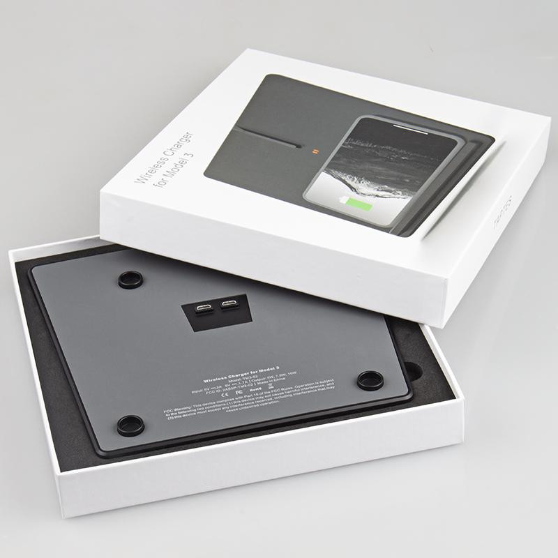 Wireless_Charging_Pad_for_Tesla_Model_3_