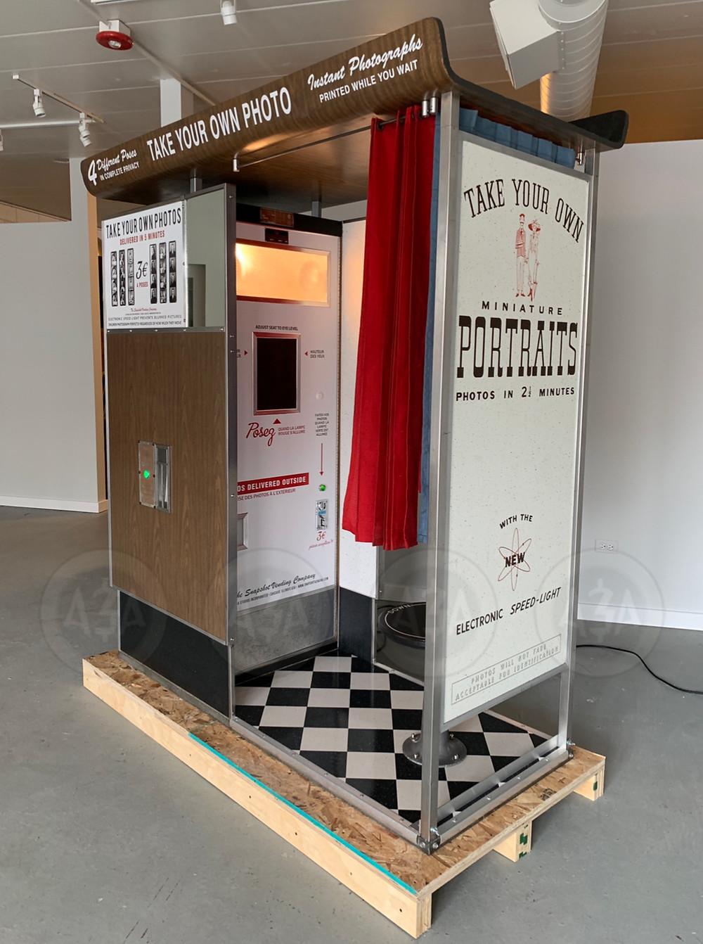 Photobooth Restoration 1960