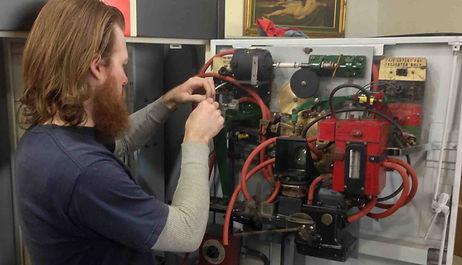 Restoring a 1930s Mutoscope Photomatic Photoboot