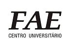Logo da Universidade FAE Centro Universitário. Ao lado vemos uma pilha de livros estilizados em prento escrito Litteraria.