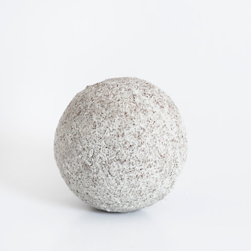 Magnesium bath bomb, blend of certified organic oils to relieve tired achy muscles