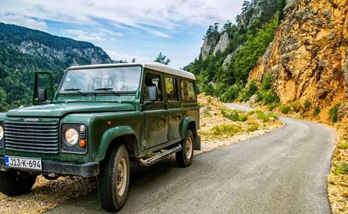 jeep-safari-gallery-777.jpg