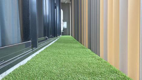 artificial grass on balcony.jpg