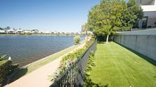waterfront artificial grass.jpg