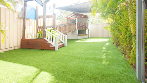 artificial grass ashmore.jpg