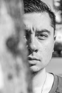 Humberto asoma