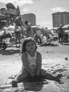 La niña y el mar