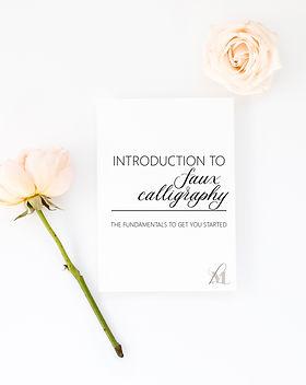 Artboard 1Handlettering wedding guide mo