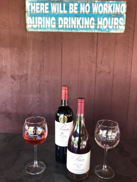 priam-vineyards-wine-patio.jpg
