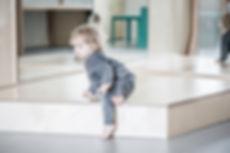 podium, spiegel, interieur, kinderopvang meubels, kinderopvangproducten, materialen kinderdagverblijf, inrichten kinderopvang, kinderopvang inrichting ruimte, kinderopvang meubilair, kinderopvang meubel, kinderdagverblijf inrichten, creche inrichting, kinderopvang materiaal