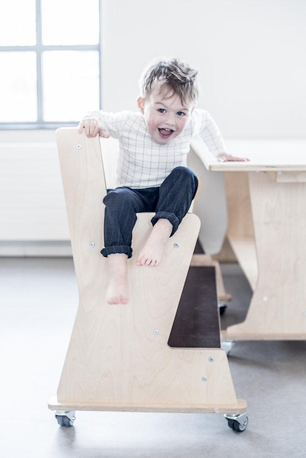 ergobank, ergo bank, hoogzit bank, ergo tafel, ergo set, ergonomie, babyzitje, kinderopvang meubels, kinderopvangproducten, materialen kinderdagverblijf, inrichten kinderopvang, kinderopvang inrichting ruimte, kinderopvang meubilair, kinderopvang meubel, kinderdagverblijf inrichten, creche inrichting, kinderopvang materiaal