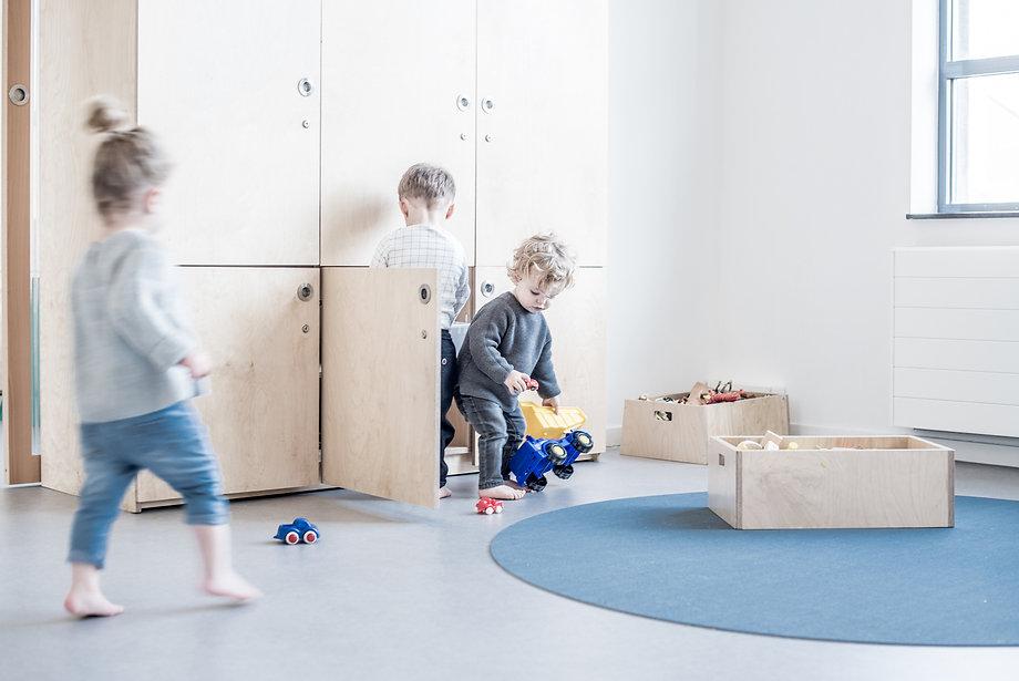 opbergen, kinderopvang meubels, kinderopvangproducten, materialen kinderdagverblijf, inrichten kinderopvang, kinderopvang inrichting ruimte, kinderopvang meubilair, kinderopvang meubel, kinderdagverblijf inrichten, creche inrichting, kinderopvang materiaal