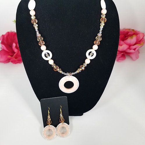 Avril: Necklace & Earrings