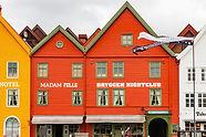 shops-5030731_1280.jpg