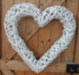 Wicker heart white.jpg