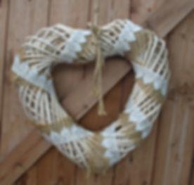 Wicker heart w hessian.jpg