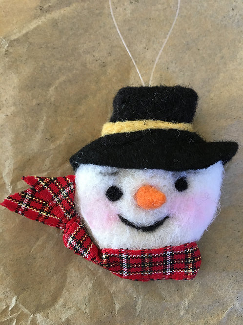 Snow man face with hat ornament