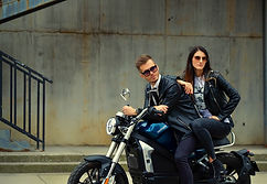 Electric_motorcycle_CR-6_Lifestyle_27.jpg
