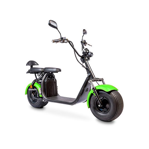 Elektrische-scooter-schuin-groen