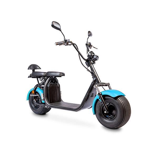 Elektrische-scooter-schuin-blauw