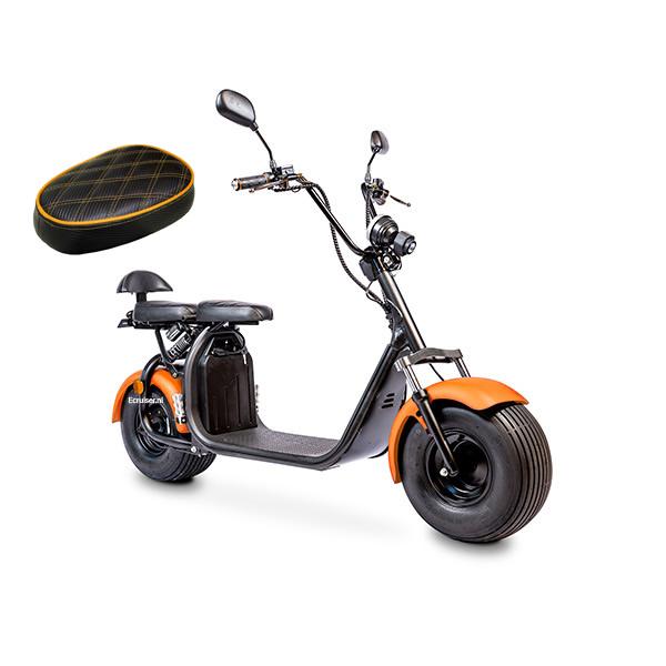 Elektrische-scooter-schuin-oranjeenzadel