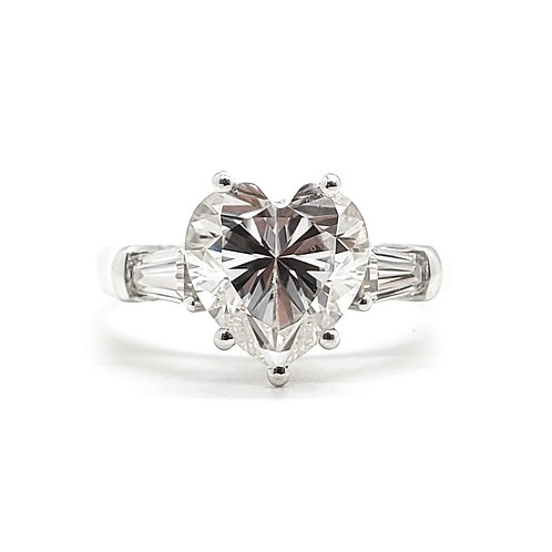Heart-shaped Moissanite ring 2.3ctw