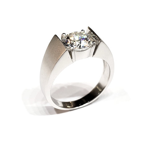 Moissanite Men's Ring 2cts