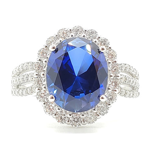 Oval Lab-grown Sapphire ring 3.8cts