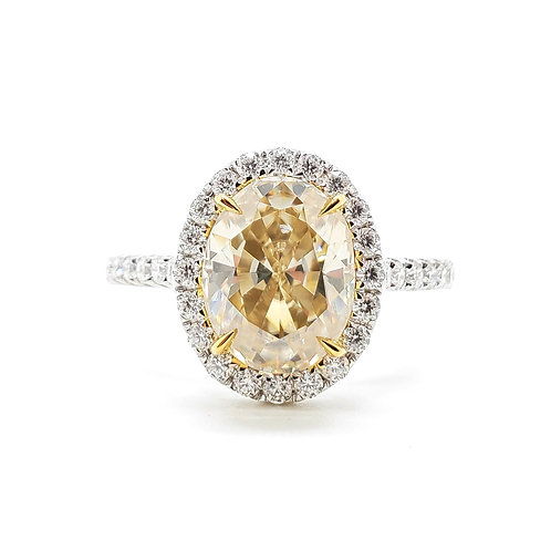 Oval Yellow Moissanite Ring (2.2ctw)