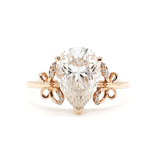 Pear-shaped Moissanite rose gold ring 2cts