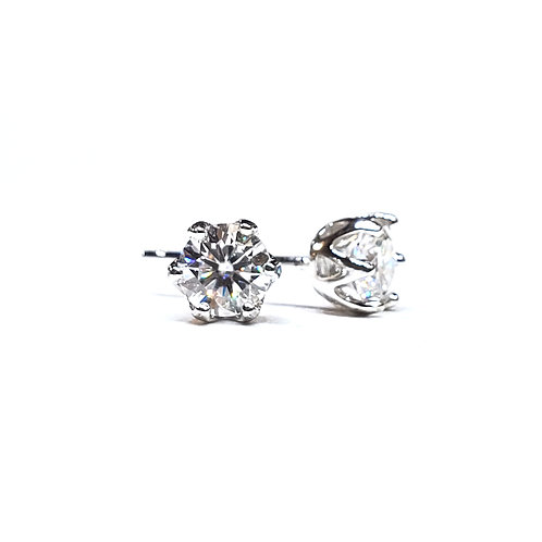 Moissanite Earrings 1ctw