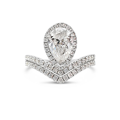 Pear-shaped Moissanite ring 2ctw