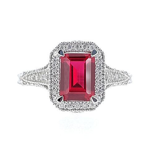 祖母綠形培育紅寶石18K戒指(共2.4卡)