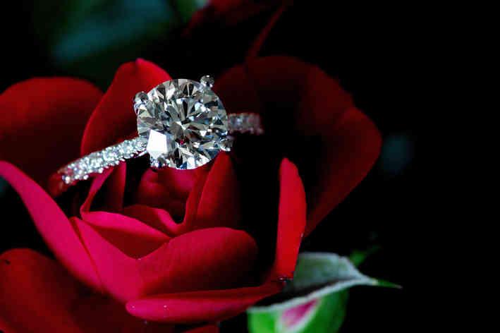 香港莫桑石鑽石戒指求婚GIA6.jpg