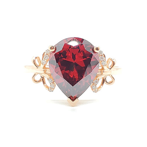 Pear-shaped lab-grown Ruby rose gold ring 3cts