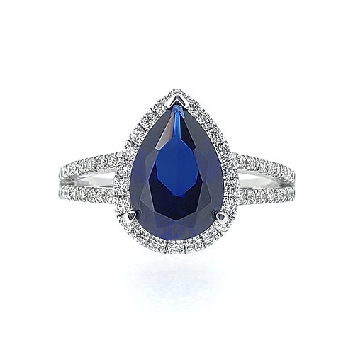 Pear-shaped lab-grown Sapphire ring 2.8ctw