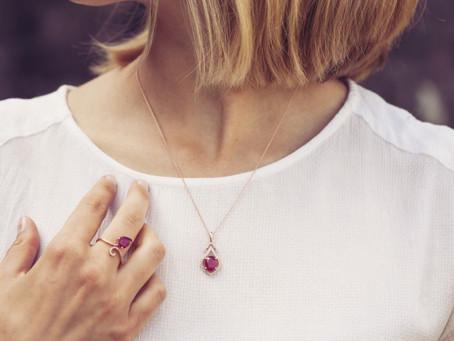 培育紅寶石與天然紅寶石有什麼分別?
