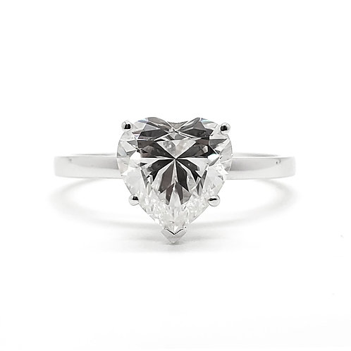 Heart-shaped Moissanite ring 2cts