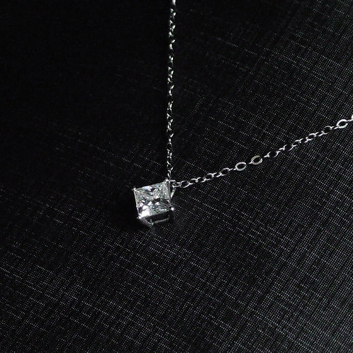 公主方莫桑石頸鏈1卡